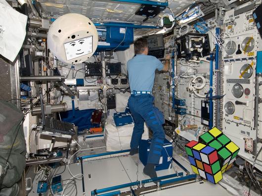 国際宇宙ステーション1.png